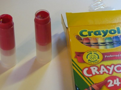 [How To] Make Your Own Lipstick Tutorial Out of Crayons - Super Easy!