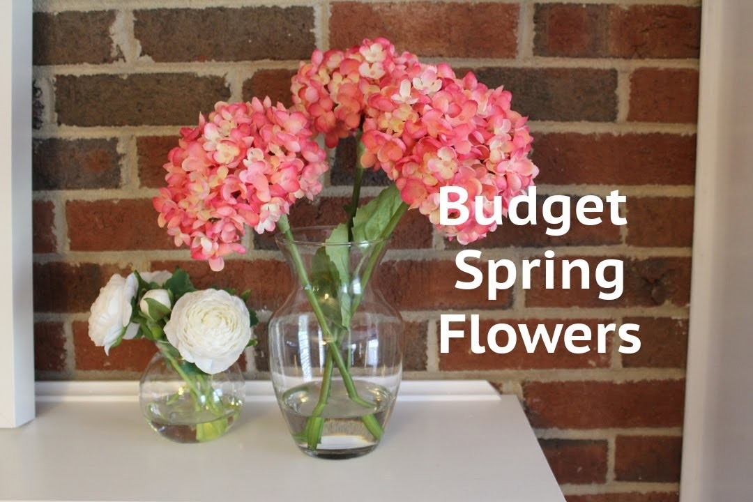 CHEAP DECOR IDEA: Acrylic Water Flower Arrangement