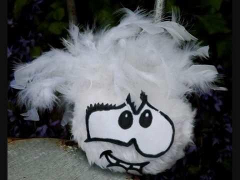 Handmade white Puffle children's toy from Club Penguin .wmv