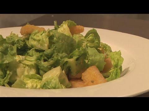 How To Make A Classic Caesar Salad