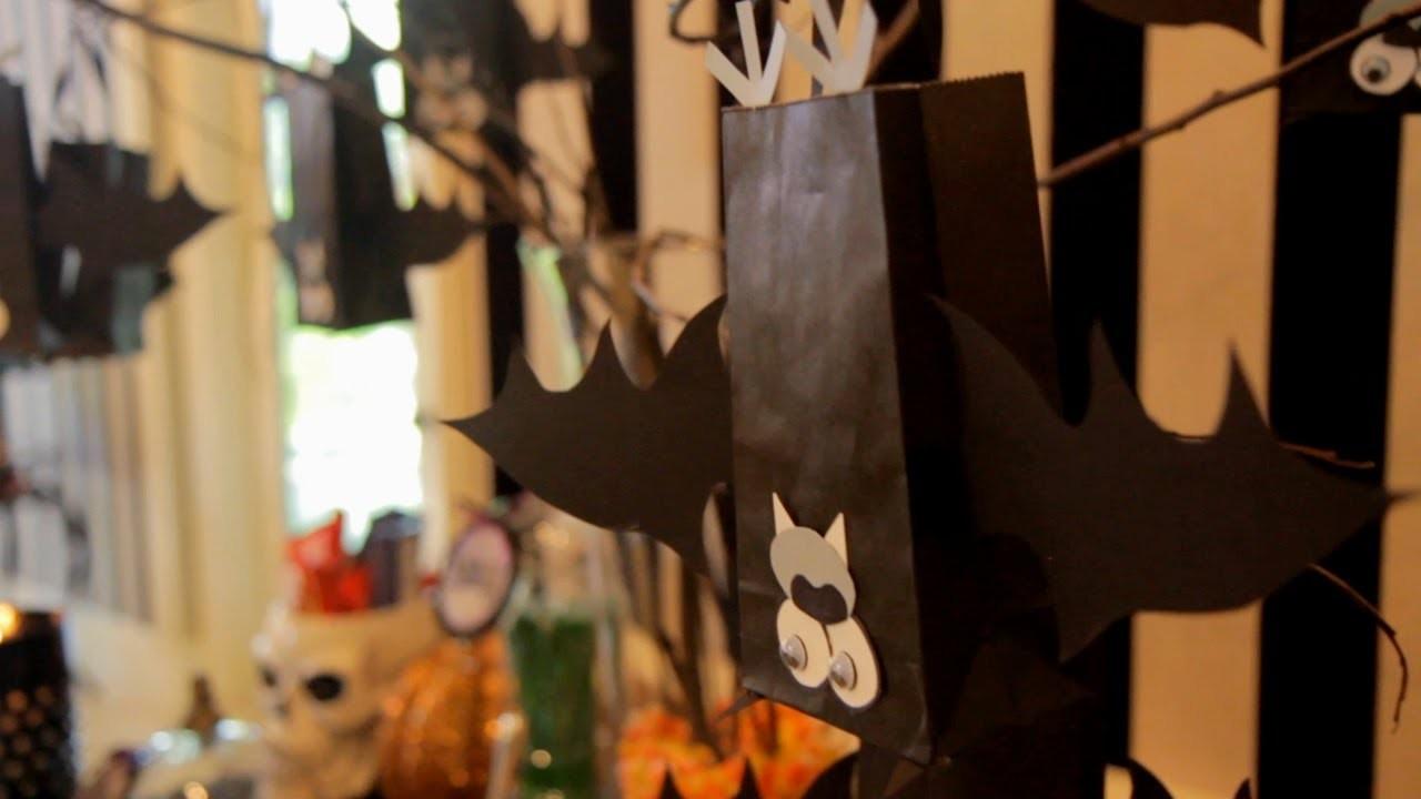 Bat Halloween Treat Bags (How to) - Halloween with ModernMom