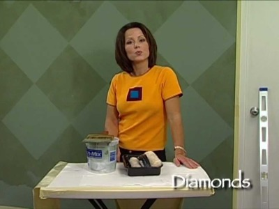 How-To Faux Finish Step Instruction - Paint Diamond Patterns by The Woolie (How To Paint Your Walls)