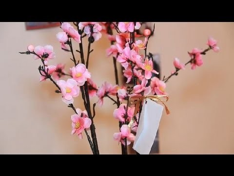 How to Make a Money Tree for a Bridal Shower : Bridal Shower Planning