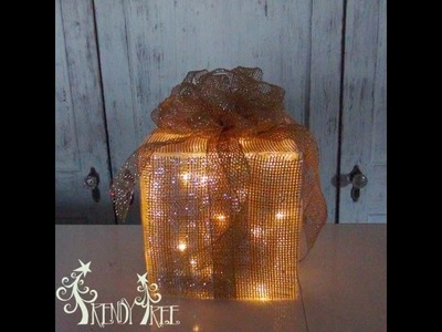 Lighted Christmas Present Tutorial by Trendy Tree