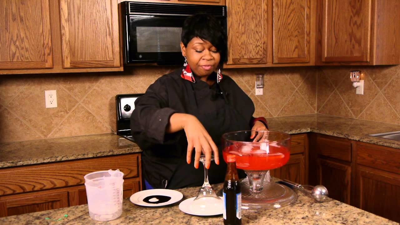 Recipes for Kids' Halloween Beverages : Punch & Fruity Drinks