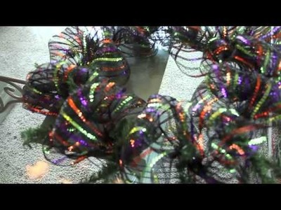 How to make a deco mesh wreath. workwreath with Evergreen Lake of the Ozarks