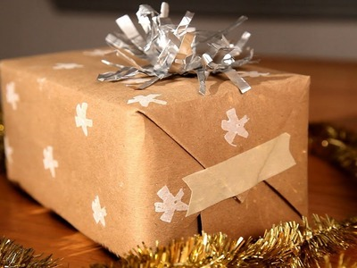 How to Make Upcycled Holiday Gift Wrap