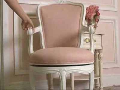 Vintage Shabby Chic Style Swivel Office Chair in Pink and White!