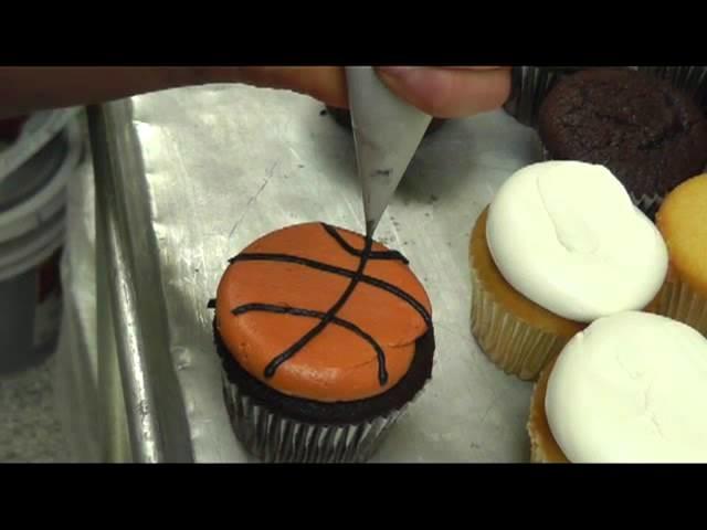 Basketball Cupcakes Easy Decorating Idea