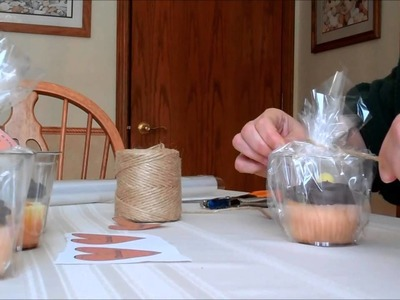How to Decorate and Package Single Serve Cupcakes For Weddings and Bake Sales