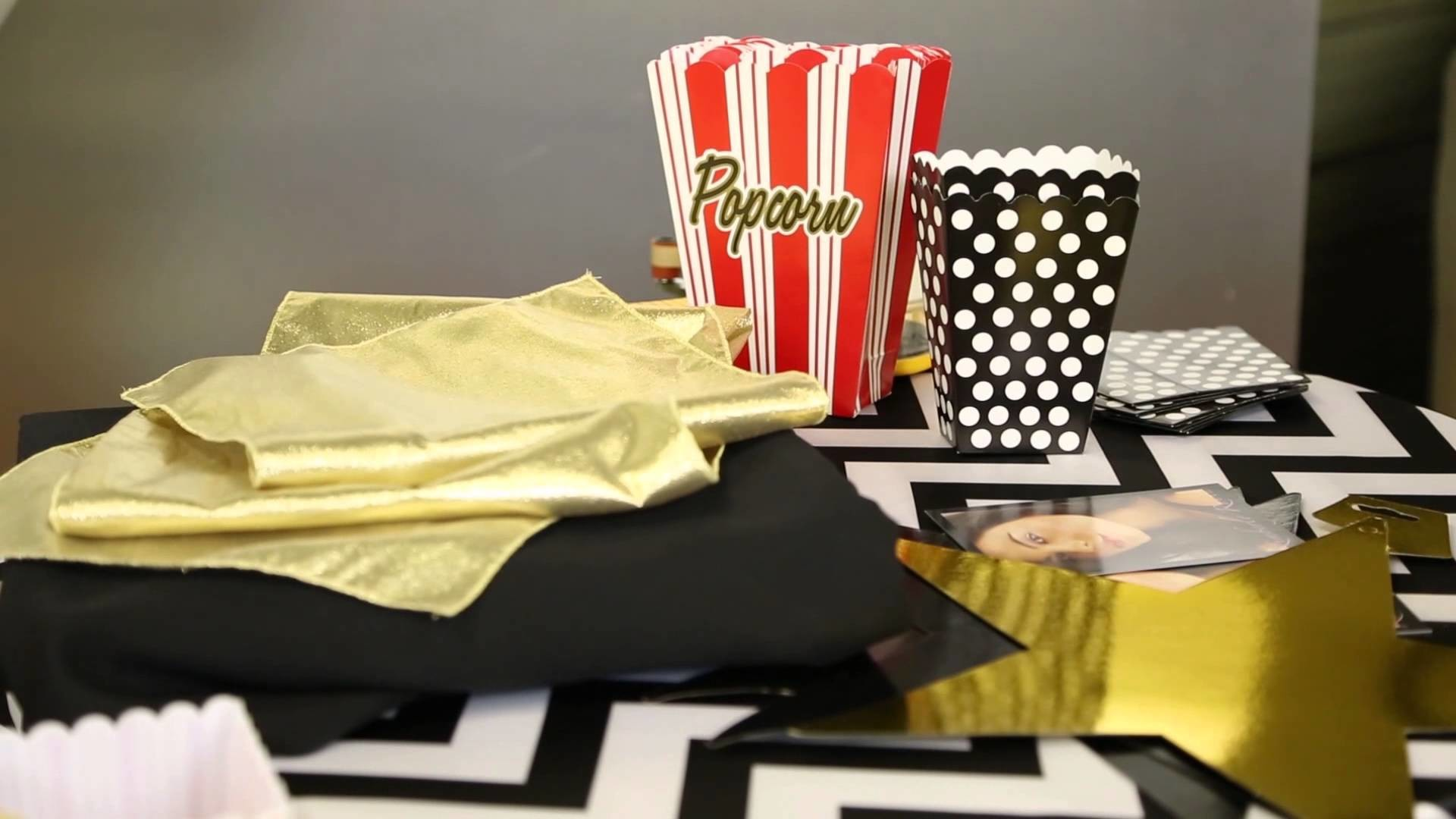 How to Throw a Hollywood Birthday Party for a Tween : Decor for Birthdays & Other Parties