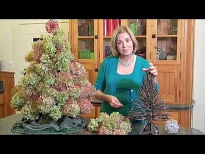 Making a Christmas tree with Dried flowers