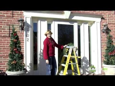Christmas - Decorating a Front Entrance