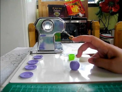 Miniature with Polymer Clay Tutorial - #1 Plates