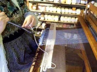 Nancy Today: Weaving tutorial, relaxing, meditative (weaving 49) ASMR weaving