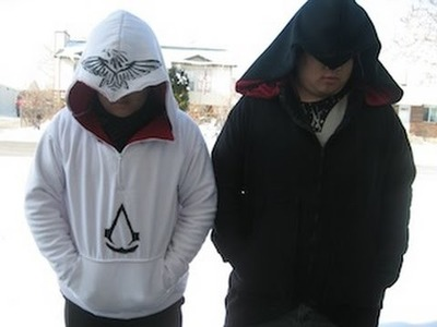 DIY How to make an Assassin's Creed's Sweatshirt (hoodie) Part 2