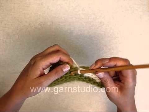 DROPS Crochet Tutorial: How to crochet a border