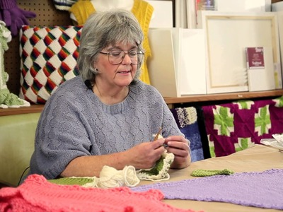 How to Crochet a Border on a Stockinette Shawl : Fun Crochet Projects