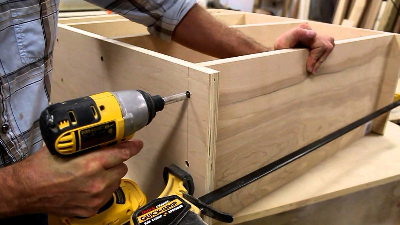 How to make a desk for an office. art studio part 3 by Jon Peters
