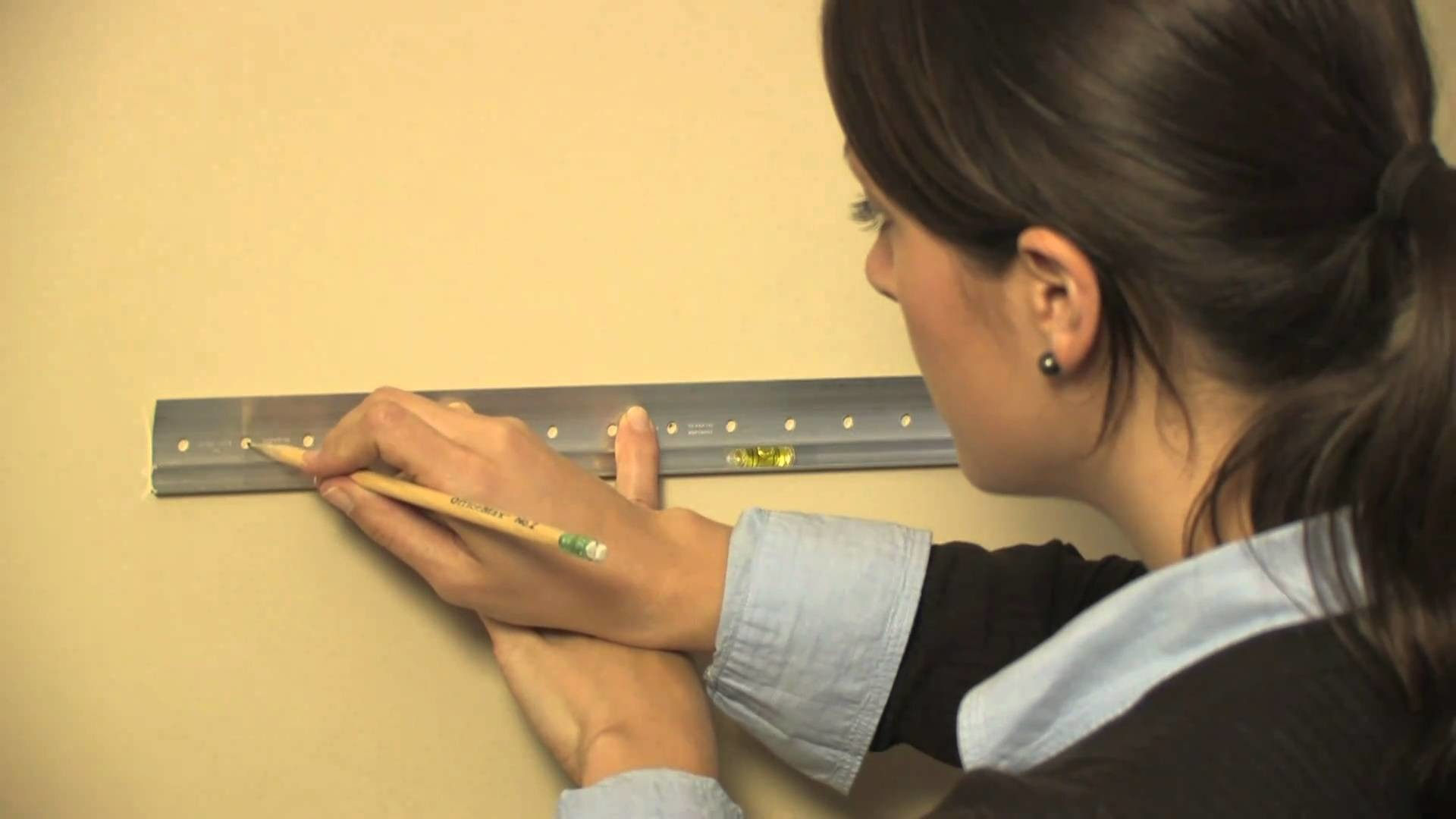 Home Décor: How to Install Ledges and Shelves at Home   Pottery Barn