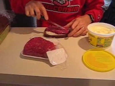 How to Make and Eat a Raw Beef Sandwich!