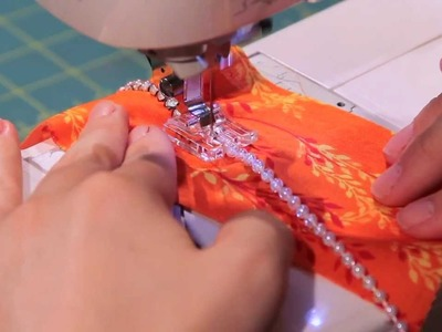 How to use the Pearls and Sequins Foot