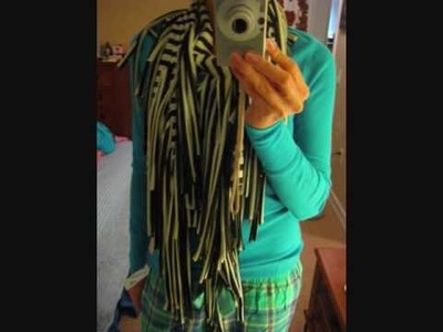 How to make a fringy scarf in 2 mintues