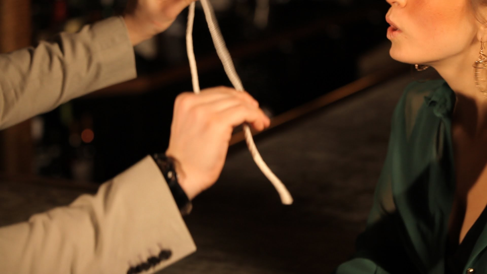 How to Make a Slip Knot Disappear | Table Magic Tricks