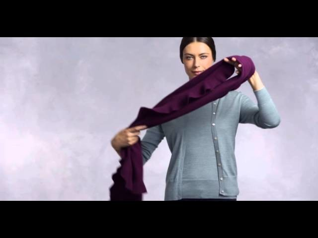 How To Tie A Fall Scarf Hacking Knot   Brooks Brothers