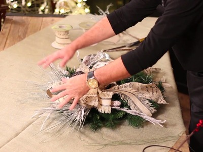 How To Make A C'est Noel Theme Christmas Wreath - Trees n Trends - Unique Home Decor