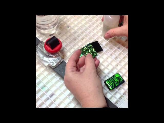 How to make a fused glass dichroic pendant