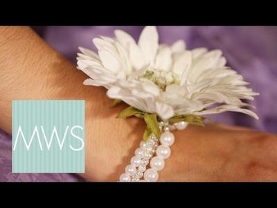 Bridesmaid Corsage: Maid At Home S02E3.8