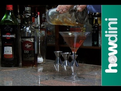 How to make a classic Manhattan cocktail