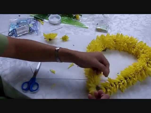 How to make a Hawaiian Lei
