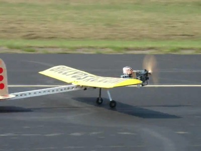 World's First RC Flying 2x4 Plane with a Weed Wacker motor.Maiden Flight