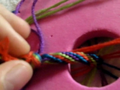 How to make friendhsip bracelet using wheel 1 [candy stripe]