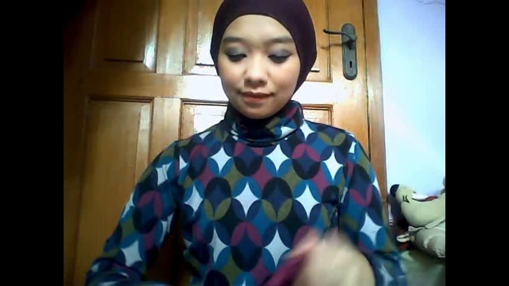Hijab tutorial 2 - 3 styles of circle shawl.flv