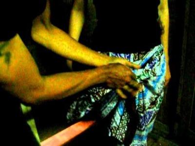 How do I wear a simple batik cloth # 2