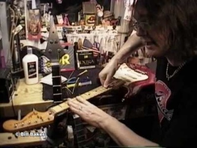 Proper way to Restring Fender GUITAR and BASS Pt. 2 by BILL BAKER also Sperzel tuners!