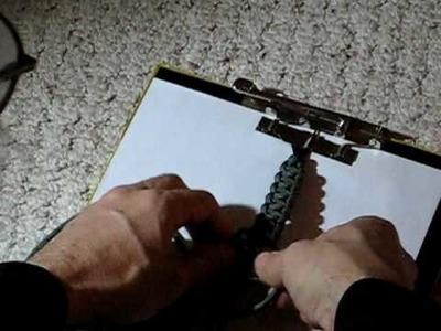Tying your survival bracelet