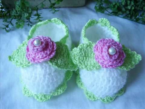 Crochet baby booties: new!