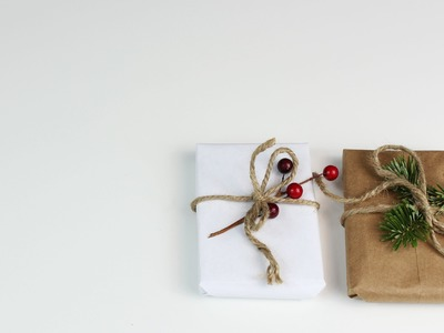 DIY - Easy Gift Wrap (for Small Gifts)