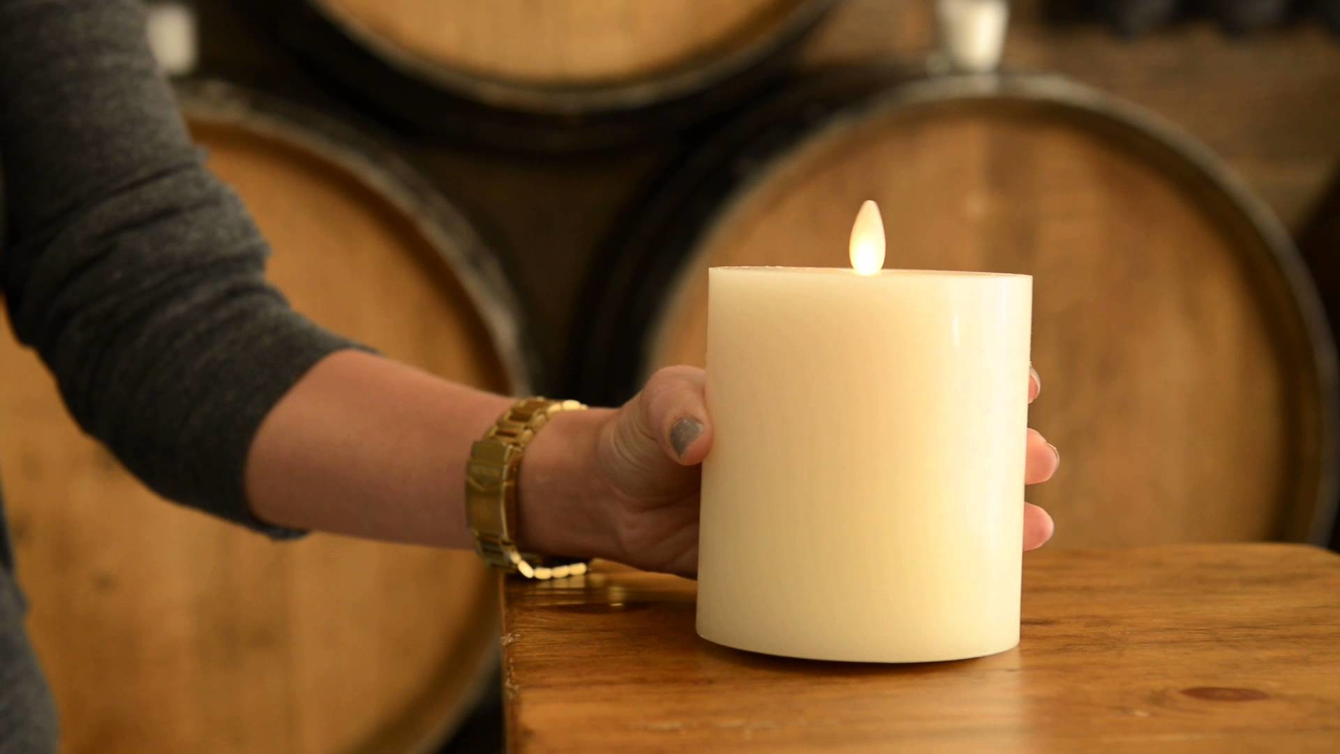 Enhance your home decor with Flameless Candles | Pottery Barn