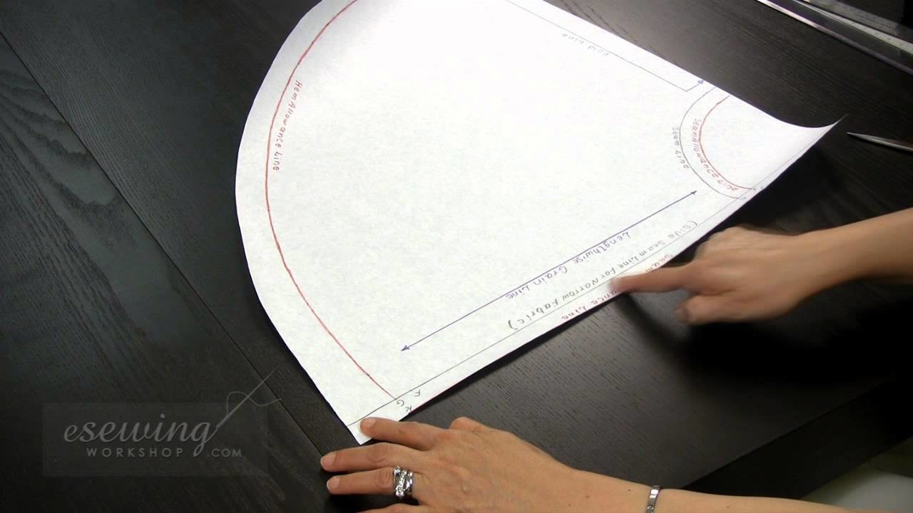Dress with Circle Skirt - Cutting Out the Circle Skirt Pattern (FREE SAMPLE)