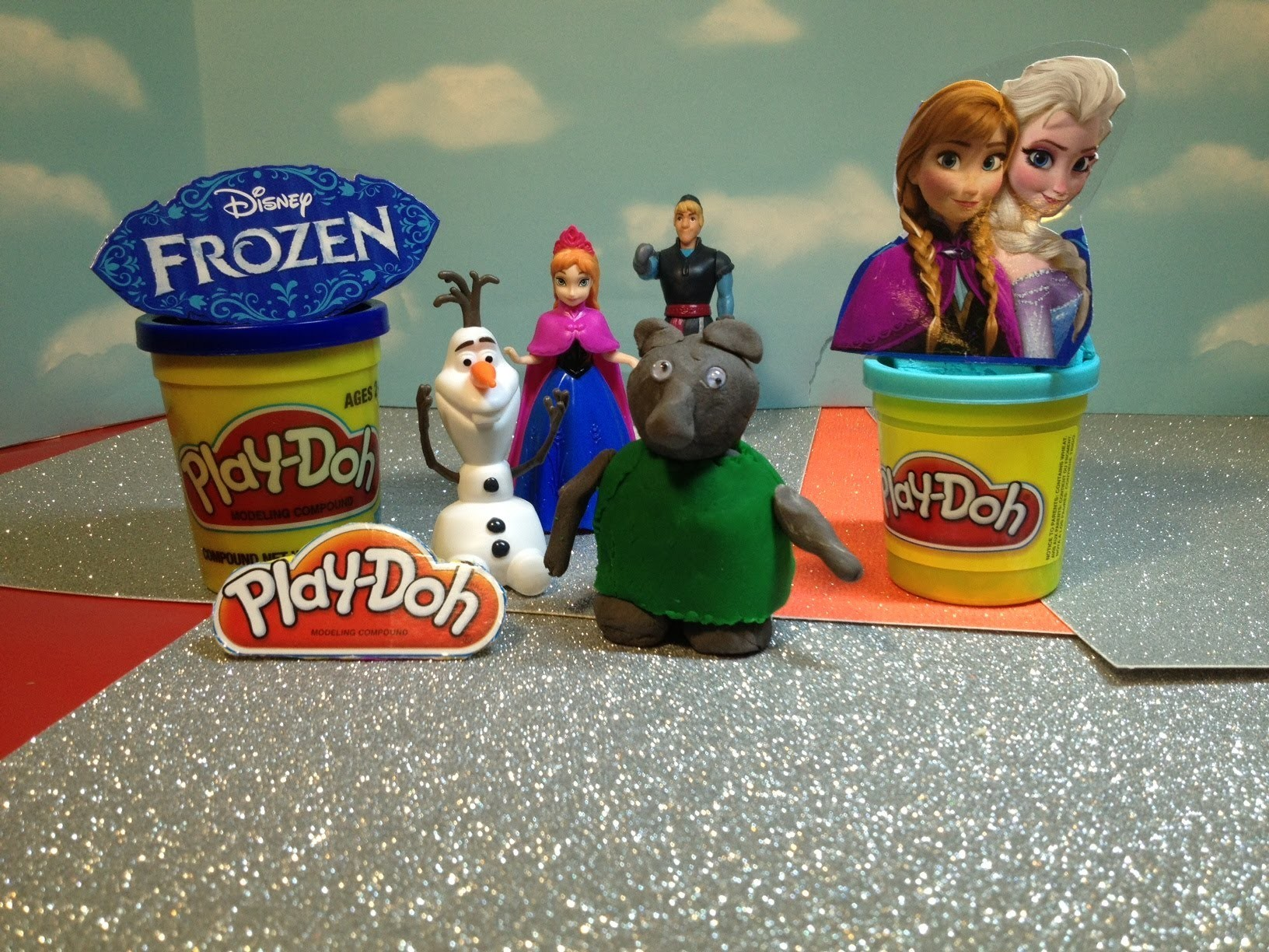 FROZEN PLAY-DOH Tutorial How to Make the Trolls From Play Doh Disney Frozen  Playset