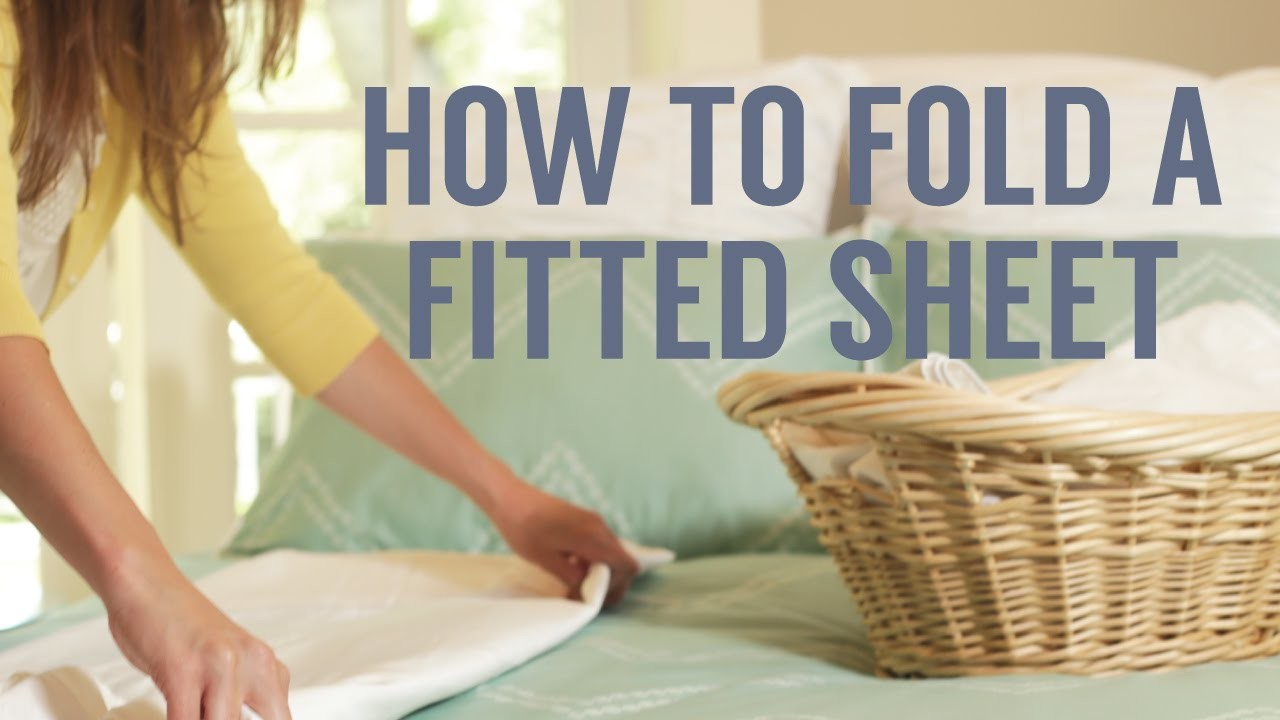 How to Fold a Fitted Sheet in Seconds!