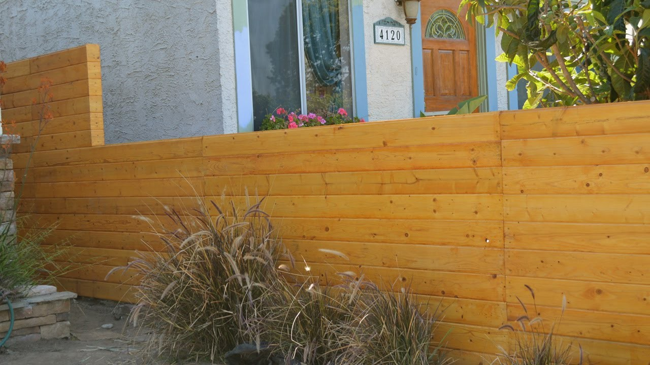 Build a horizontal fence and fence gate