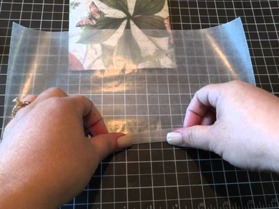 Favor Bags with Design Paper and Wax Paper. Tutorial
