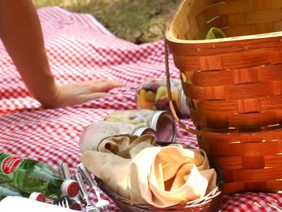 How to Prepare an Eco-Friendly Picnic | At Home With P. Allen Smith