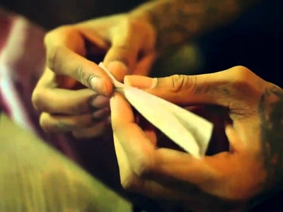 How to Roll a Perfect Joint - Wiz Khalifa